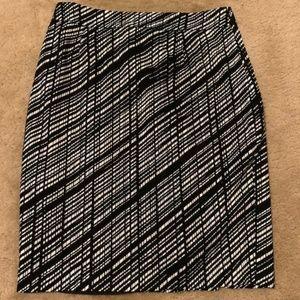 Calvin Klein Skirts - Calvin Klein Printed Pencil Skirt sz 12